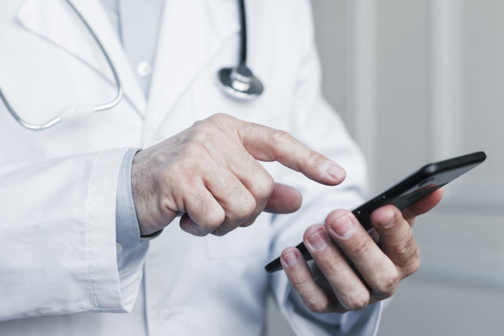 médecin téléphone géolocalisation solution